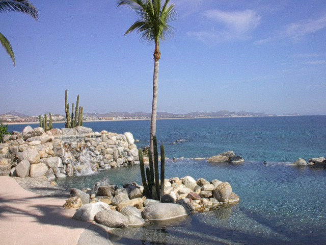 Casa Barbaccia #13 Caleta,Palmilla BEACHFRONT 6 BD 6 BA PLUS MAIDS QUARTERS